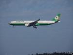 kiyohsさんが、成田国際空港で撮影したエバー航空 A330-302の航空フォト(飛行機 写真・画像)