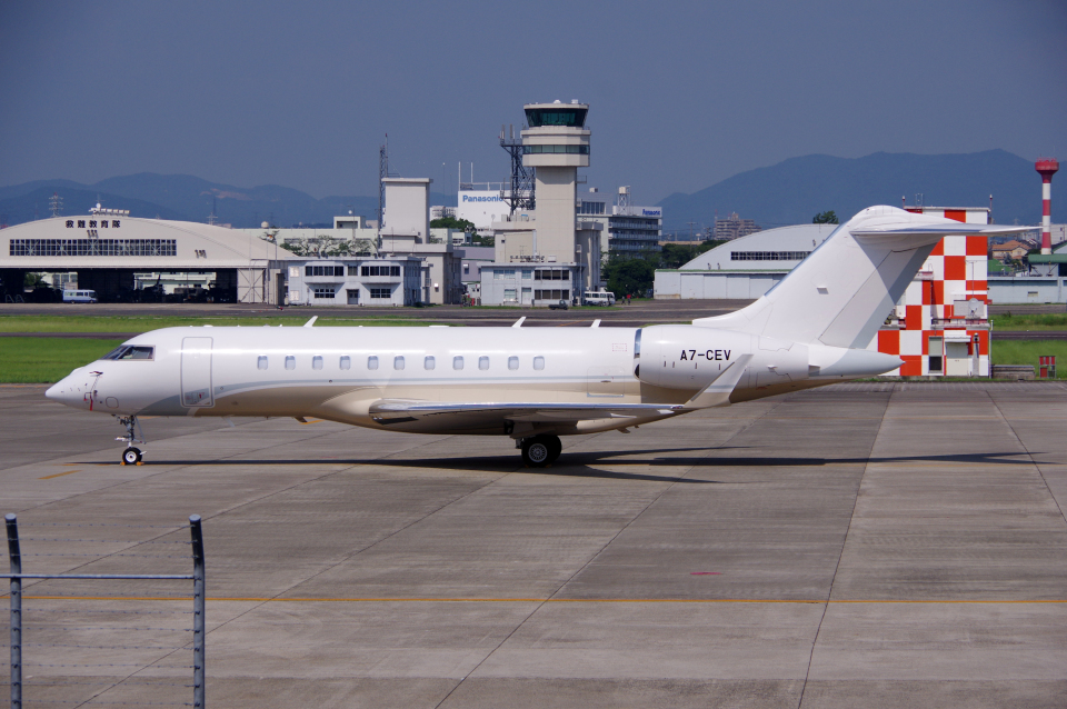 yabyanさんのカタール・エグゼクティブ Bombardier BD-700 Global Express/5000/6000 (A7-CEV) 航空フォト