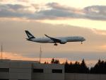 kiyohsさんが、シアトル タコマ国際空港で撮影したキャセイパシフィック航空 A350-941XWBの航空フォト(写真)