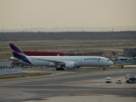 kiyohsさんが、フランクフルト国際空港で撮影したラタム・エアラインズ・チリ 787-9の航空フォト(飛行機 写真・画像)