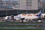 Jin Bergqiさんが、羽田空港で撮影した全日空 767-381Fの航空フォト(写真)