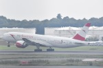 FLYING  HONU好きさんが、成田国際空港で撮影したオーストリア航空 777-2B8/ERの航空フォト(写真)