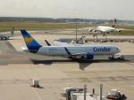 kiyohsさんが、フランクフルト国際空港で撮影したコンドル 767-330/ERの航空フォト(飛行機 写真・画像)