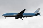 kuro2059さんが、台湾桃園国際空港で撮影したKLMオランダ航空 777-206/ERの航空フォト(飛行機 写真・画像)