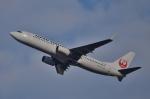 鉄バスさんが、伊丹空港で撮影した日本航空 737-846の航空フォト(写真)
