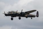 チャッピー・シミズさんが、フェアフォード空軍基地で撮影したUnited Kingdom - Battle of Britain Memorial Flight 683 Lancaster B1の航空フォト(写真)