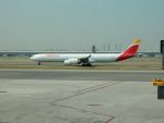 kiyohsさんが、マドリード・バラハス国際空港で撮影したイベリア航空 A340-642の航空フォト(写真)