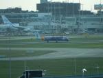 kiyohsさんが、アムステルダム・スキポール国際空港で撮影したフライビー DHC-8-402Q Dash 8の航空フォト(飛行機 写真・画像)