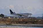監督さんが、富山空港で撮影した全日空 737-881の航空フォト(写真)