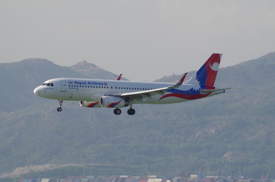 tg36aさんのネパール航空 Airbus A320 (9N-AKW) 航空フォト
