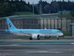 kiyohsさんが、成田国際空港で撮影した大韓航空 A220-300 (BD-500-1A11)の航空フォト(飛行機 写真・画像)