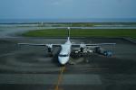FRTさんが、久米島空港で撮影した琉球エアーコミューター DHC-8-402Q Dash 8 Combiの航空フォト(飛行機 写真・画像)