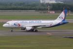 みっしーさんが、新千歳空港で撮影したウラル航空 A320-214の航空フォト(写真)
