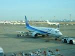 kiyohsさんが、羽田空港で撮影した全日空 737-881の航空フォト(写真)