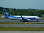 kiyohsさんが、成田国際空港で撮影した全日空 767-381/ERの航空フォト(写真)