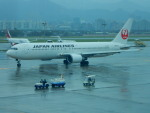 kiyohsさんが、台北松山空港で撮影した日本航空 767-346/ERの航空フォト(飛行機 写真・画像)