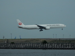 kiyohsさんが、羽田空港で撮影した日本航空 777-346/ERの航空フォト(飛行機 写真・画像)