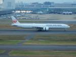 kiyohsさんが、羽田空港で撮影した日本航空 777-346/ERの航空フォト(写真)