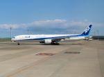 cooymdさんが、羽田空港で撮影した全日空 777-381の航空フォト(写真)