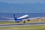 mild lifeさんが、神戸空港で撮影した全日空 777-281/ERの航空フォト(写真)
