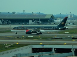 kiyohsさんが、クアラルンプール国際空港で撮影したロイヤル・ヨルダン航空 787-8 Dreamlinerの航空フォト(飛行機 写真・画像)