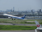 hrjさんが、羽田空港で撮影した全日空 767-381/ERの航空フォト(写真)