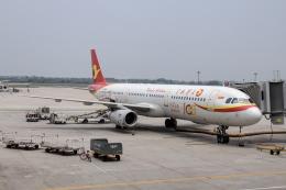 xingyeさんが、西安咸陽国際空港で撮影した天津航空 A321-231の航空フォト(飛行機 写真・画像)