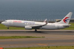 きんめいさんが、中部国際空港で撮影した中国東方航空 737-89Pの航空フォト(飛行機 写真・画像)