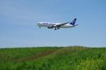 mougandouさんが、成田国際空港で撮影した全日空 767-381Fの航空フォト(写真)