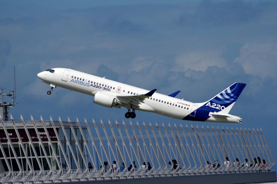 yabyanさんのエアバス Airbus A220-300 (C-FFDO) 航空フォト