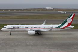 Hariboさんが、中部国際空港で撮影したメキシコ空軍 757-225の航空フォト(飛行機 写真・画像)