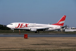 Gambardierさんが、伊丹空港で撮影したJALエクスプレス 737-446の航空フォト(飛行機 写真・画像)