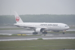 kumagorouさんが、新千歳空港で撮影した日本航空 777-246の航空フォト(飛行機 写真・画像)