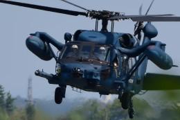 じょ~まんさんが、名古屋飛行場で撮影した航空自衛隊 UH-60Jの航空フォト(写真)