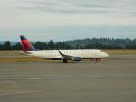 kiyohsさんが、シアトル タコマ国際空港で撮影したコンパス航空 ERJ-170-200 LR (ERJ-175LR)の航空フォト(写真)