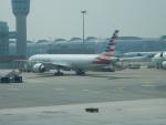 kiyohsさんが、香港国際空港で撮影したアメリカン航空 777-323/ERの航空フォト(飛行機 写真・画像)