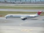 アイスコーヒーさんが、羽田空港で撮影した日本航空 MD-81 (DC-9-81)の航空フォト(飛行機 写真・画像)