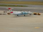 kiyohsさんが、ウィーン国際空港で撮影したオーストリア航空 DHC-8-402Q Dash 8の航空フォト(飛行機 写真・画像)