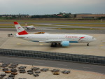 kiyohsさんが、ウィーン国際空港で撮影したオーストリア航空 777-2Z9/ERの航空フォト(飛行機 写真・画像)