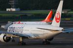 代打の切札さんが、成田国際空港で撮影した日本航空 777-246/ERの航空フォト(写真)