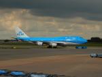kiyohsさんが、アムステルダム・スキポール国際空港で撮影したKLMオランダ航空 747-406の航空フォト(飛行機 写真・画像)