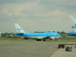 kiyohsさんが、アムステルダム・スキポール国際空港で撮影したKLMオランダ航空 747-406Mの航空フォト(飛行機 写真・画像)
