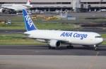 BOEING737MAX-8さんが、羽田空港で撮影した全日空 767-381Fの航空フォト(写真)