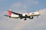 ポン太さんが、成田国際空港で撮影した日本航空 777-246/ERの航空フォト(写真)