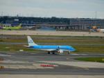 kiyohsさんが、フランクフルト国際空港で撮影したKLMシティホッパー ERJ-170-200 (ERJ-175STD)の航空フォト(写真)