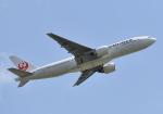 雲霧さんが、成田国際空港で撮影した日本航空 777-246/ERの航空フォト(写真)