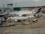 kiyohsさんが、フランクフルト国際空港で撮影したチュニスエア A320-211の航空フォト(写真)