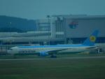 kiyohsさんが、クアラルンプール国際空港で撮影したウズベキスタン航空 767-33P/ERの航空フォト(写真)