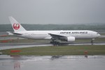 kumagorouさんが、新千歳空港で撮影した日本航空 777-246の航空フォト(写真)
