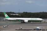 KAZFLYERさんが、成田国際空港で撮影したエバー航空 777-36N/ERの航空フォト(写真)